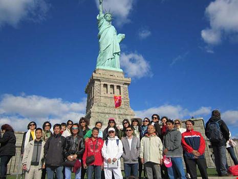 Người Việt đang du lịch tại Mỹ. Ảnh: TU