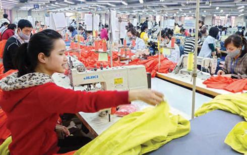Xuất khẩu hàng dệt may trong tháng 1/2017 đạt gần 2,16 tỷ USD, tăng 5,7% so với cùng kỳ năm trước (Ảnh minh họa: KT)