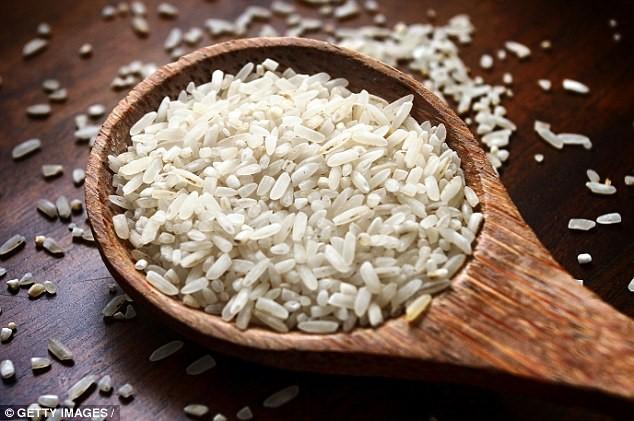 Thuốc sâu và ô nhiễm môi trường là nguyên nhân khiến gạo chứa khá nhiều chất độc hóa học, đặc biệt là asen. Ảnh: Getty Images.