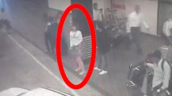Hình ảnh trong camera an ninh được cho là của nghi can trong vụ ông Kim chết tại sân bay Kuala Lumpur. Ảnh: KBS.