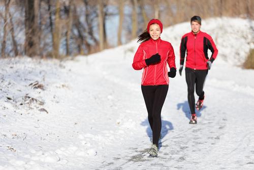 Người bị bệnh tim mạch nên thận trọng khi ra ngoài trời lạnh.