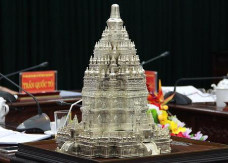Mô hình chùa Tháp sẽ được xây dựng tại tỉnh Thái Nguyên sẽ là một Tháp phật giáo lớn nhất thế giới.