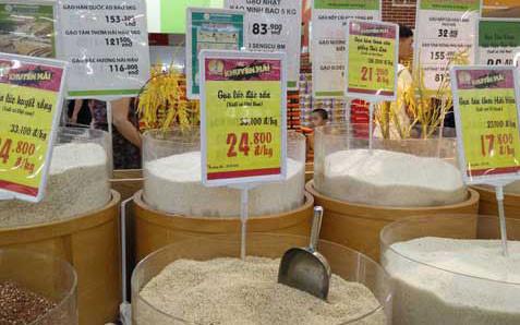 Gạo Việt đang bị gạo ngoại lấn sân tại các kênh phân phối. (Ảnh minh họa: KT)