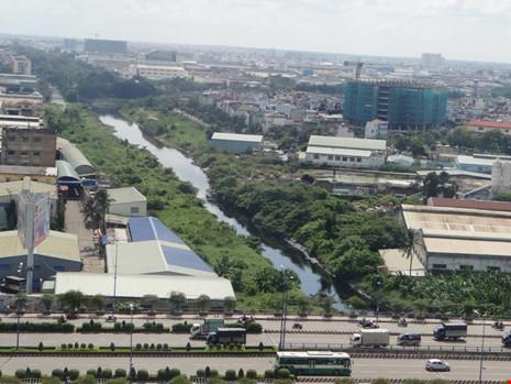 Dự án cải tạo kênh Tham Lương-Bến Cát -rạch Nước Lên được Ngân hàng thế giới cho vay khoảng 400 triệu USD. Ảnh: TRUNG THANH
