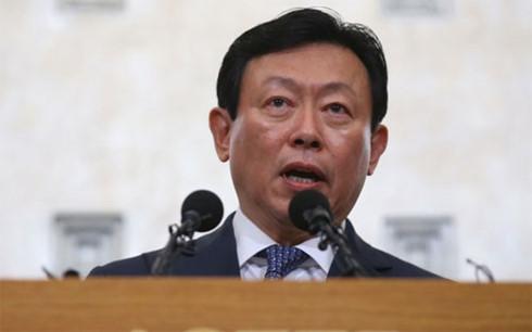 Ông Shin Dong-bin, chủ tịch tập đoàn Lotte (Ảnh Reuters).