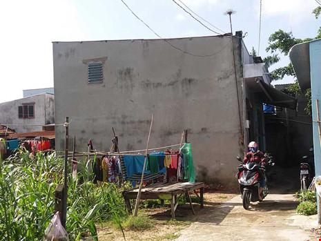 Nhà đất mua bán dưới dạng giấy tờ tay sẽ chịu rất nhiều rủi ro. (Ảnh chụp tại huyện Hóc Môn, TP.HCM) Ảnh: HTD