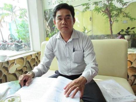 Ông Phan Ngọc Thanh đề nghị làm rõ trách nhiệm của các cá nhân và tập thể liên quan trong việc giúp Công ty TV xây dựng chợ không phép ngay trên đất của ông. Ảnh: N.NAM