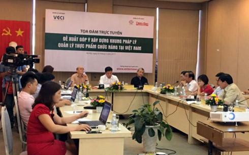 Nhiều đại biểu cho rằng rất cần thiết phải có quy định, chế tài cụ thể trong quản lý sản xuất, phân phối sản phẩm chức năng.