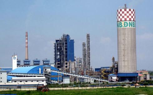 Nhà máy đạm Ninh Bình, một trong những dự án đầu tư bằng vốn Nhà nước kém hiệu quả (ảnh: Thanh Niên)
