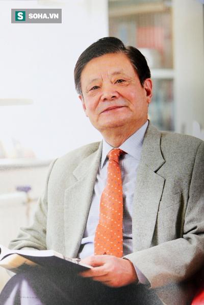 (Giáo sư Tiến sĩ Vương Kỳ, sinh năm 1943, là một Quốc y đại sư của Trung Quốc)