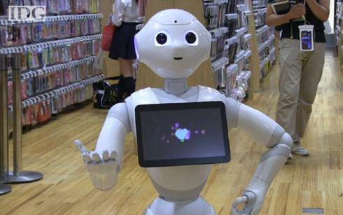 Hàng loạt nhân viên bán lẻ ở Mỹ sắp bị thay thế bởi robot (Ảnh minh họa: KT)
