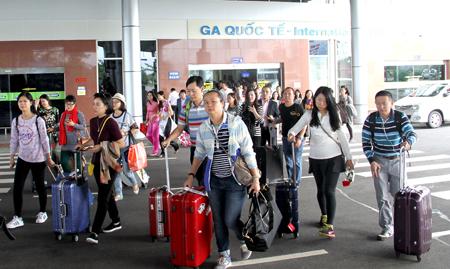 Khách Trung Quốc đến Việt Nam tăng mạnh trong 5 tháng đầu năm