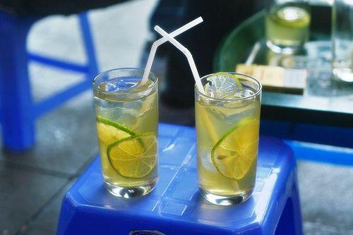 Trà chanh là đồ uống ăn khách mùa hè.