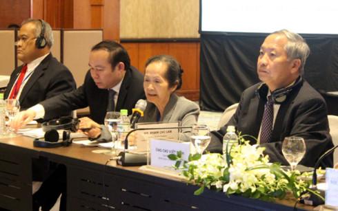 Bà Phạm Chi Lan đưa ra đề xuất cải cách chính sách và phát triển doanh nghiệp tư nhân ở Việt Nam.