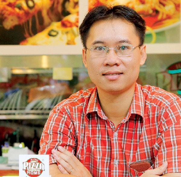 Ông Hoàng Tùng, sáng lập thương hiệu Pizza Home.