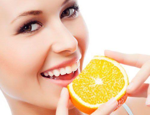 Các nguyên liệu tự nhiên có tác dụng tẩy trắng răng ở mức độ nhẹ, hiệu quả không lâu.