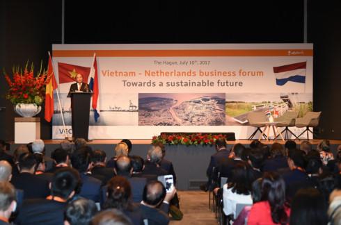 Thủ tướng Nguyễn Xuân Phúc đã phát biểu và trực tiếp đối thoại với các doanh nghiệp Hà Lan