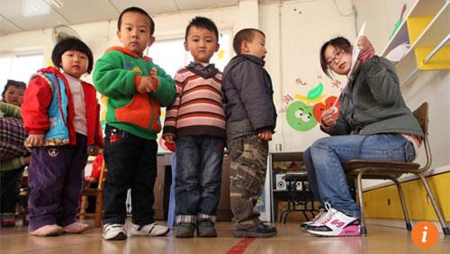 Trào lưu cho con du học từ mẫu giáo ngày càng nở rộ trong giới thượng lưu Trung Quốc.