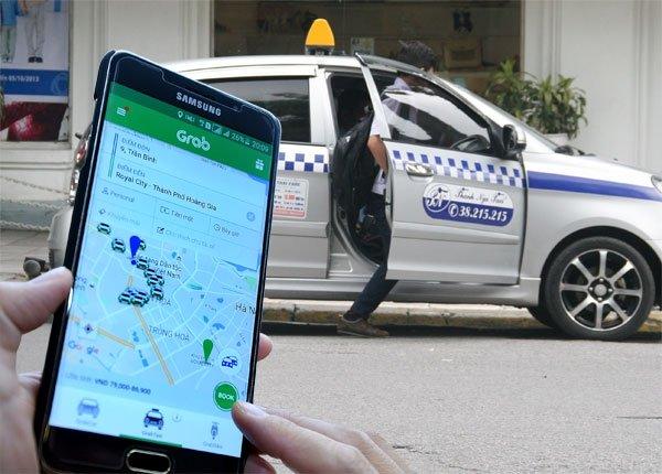 Bộ Tài chính lên tiếng về thuế với Uber, Grab