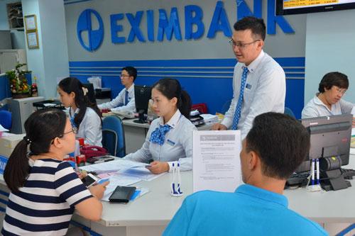 Eximbank đã giảm lãi suất tiền gửi của nhiều kỳ hạn Ảnh: TẤN THẠNH