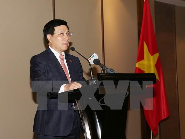 Phó Thủ tướng, Bộ trưởng Bộ Ngoại giao Phạm Bình Minh phát biểu tại cuộc gặp. (Ảnh: Trí Dũng/TTXVN)