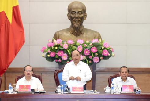 Thủ tướng Nguyễn Xuân Phúc, Bí thư Ban cán sự Đảng Chính phủ chủ trì buổi làm việc với Thành ủy TPHCM (Ảnh: VGP)