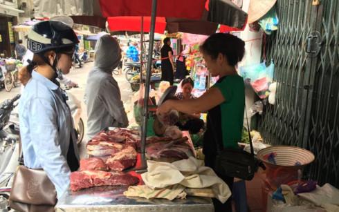 Giá thịt các loại có xu hướng tăng liên tục trong những ngày gấn đây.