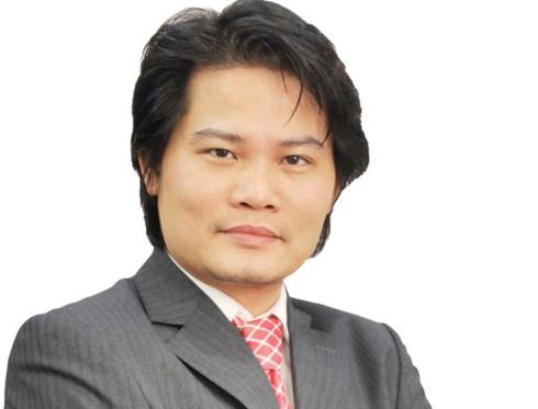 Tiến sỹ Quách Mạnh Hào, giảng viên cao cấp môn tài chính Đại học Lincoln (Vương quốc Anh) .