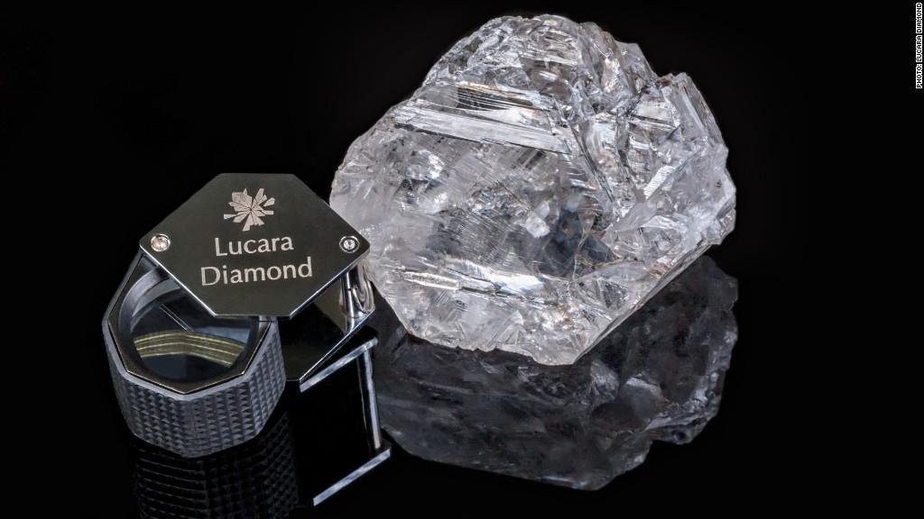 Lesedi La Rona: Viên kim cương nguyên khối lớn nhất thế giới tính đến thời điểm hiện tại