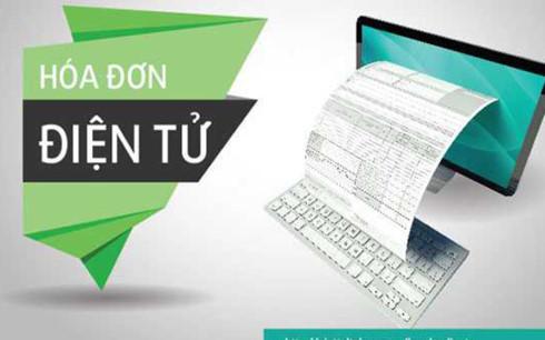 Hóa đơn điện tử được lập và lưu trữ bằng hệ thống máy tính thay vì dùng hóa đơn đỏ bằng giấy viết tay như hiện nay (Ảnh minh họa: KT)