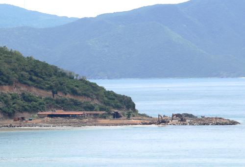 Dự án trên đảo Hòn Rùa còn nguyên hiện trạng dù UBND tỉnh Khánh Hòa cho thời hạn đến ngày 16-10 phải khắc phục xong