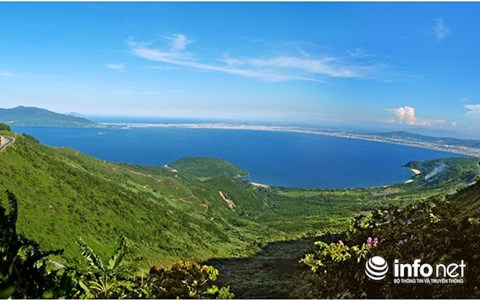 Vịnh Đà Nẵng sẽ được quy hoạch trong Khu kinh tế biển Đà Nẵng (Ảnh: HC)