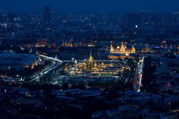 Toàn cảnh nơi diễn ra đám tang cố vương Adulyadej. Ảnh: REUTERS