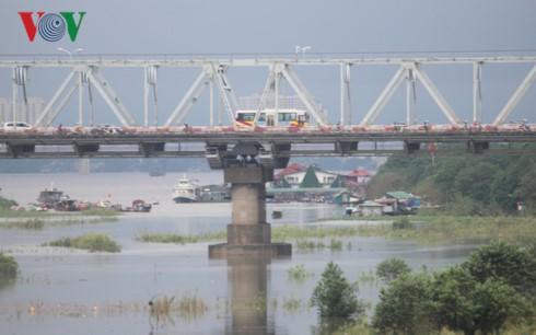 Hà Nội có ý tưởng lùi đê sát bờ sông Hồng để phát triển đô thị hai bên bờ sông.