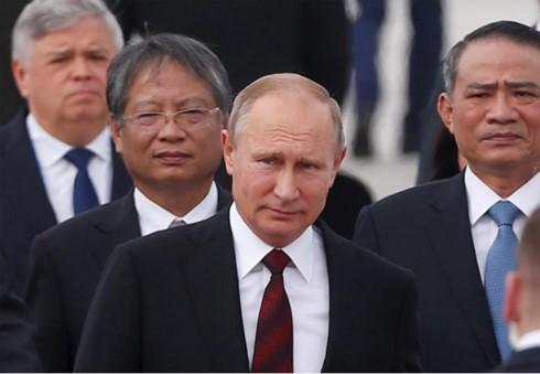 Tổng thống Nga Vladimir Putin có mặt tại Đà Nẵng sáng 10/11. Ảnh: Reuters.