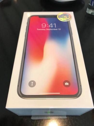 Hộp được cho là của iPhone X phiên bản cho thị trường Việt Nam