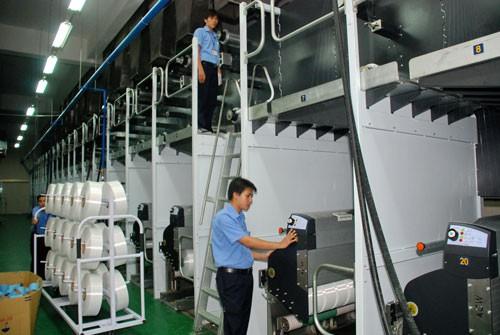 Doanh nghiệp gặp nhiều khó khăn khi giá điện tăng Ảnh: TẤN THẠNH