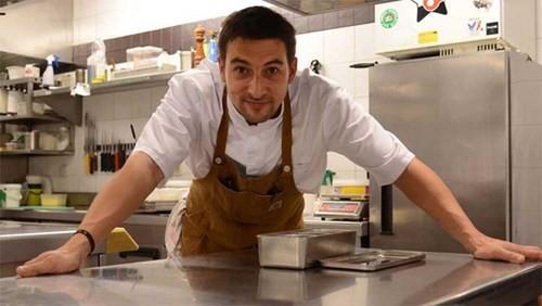Bếp trưởng Jean-Michel Carrette ở nhà hàng Aux Terrasses.