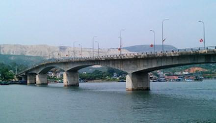 Cầu Việt Trì - Ba Vì theo hình thức BOT sẽ được kiểm toán năm 2018