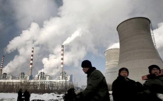 Trung Quốc tỏ ra thận trọng trong việc sử dụng lò phản ứng để cung cấp nhiệt sưởi ấm cho người dân Ảnh: AP