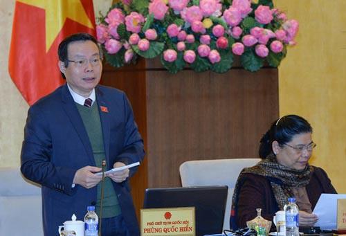 Phó Chủ tịch Quốc hội Phùng Quốc Hiển nhất trí thu hồi hơn 5.074 tỉ đồng vốn trái phiếu Chính phủ Ảnh: NGUYỄN NAM
