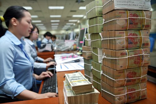 Lấy tiền thật ở đâu xử lý nợ xấu?