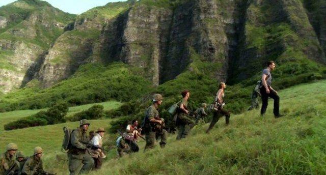 Trước Kong - Skull Island, đạo diễn Régis Wargnier với phim Đông Dương (1992), đạo diễn Joe Wright Pan với Vùng đất nerverland(1915), đã chọnVịnh Hạ Long (Quảng Ninh), Tràng An (Ninh Bình), Động Phong Nha (Quảng Bình) của Việt Nam… làm bối cảnh.