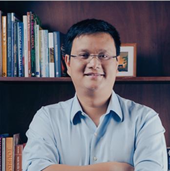 Ông Hồ Việt Hà