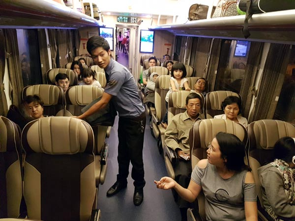 Tàu chở khách 5 sao tuyến TP.HCM - Nha Trang là tuyến vận tải hành khách khai thác hiệu quả nhất hiện nay