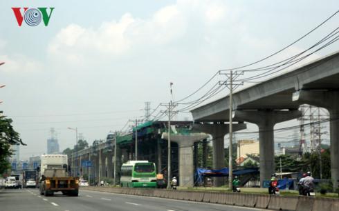 Tuyến Metro số 1 (ảnh chụp sáng 26/4)