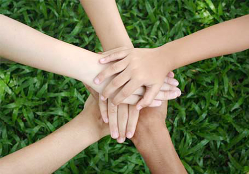 Hãy chân thành và tinh tế để giữ mãi những tình bạn đẹp. (Ảnh minh họa).