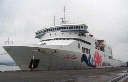 """Con tàu Vinashin """"đắm"""" để lại gánh nặng cho nền kinh tế."""