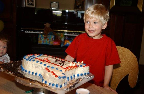 Rory Gates trong ngành sinh nhật khi còn nhỏ