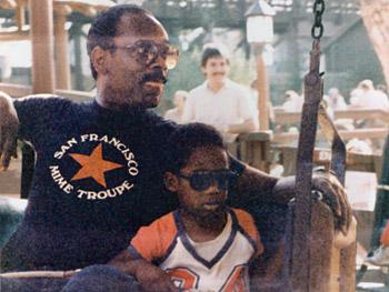Chris Gardner và con trai năm 1984